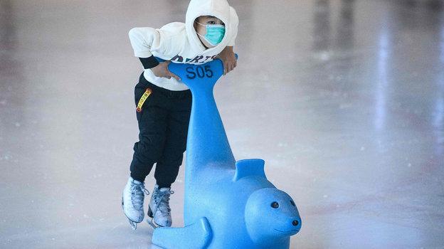 Надетской ледовой площадке Пекина. Фото AFP
