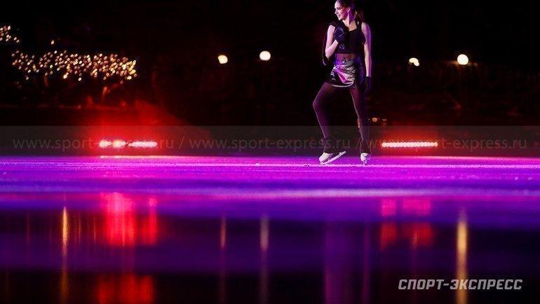 Алина Загитова назамерзшем озере. Фото Дарья Исаева, «СЭ» / Canon EOS-1D X Mark II