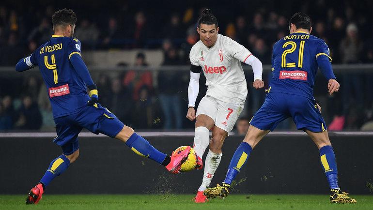 Криштиану Роналду вматче с «Вероной». Фото Goal