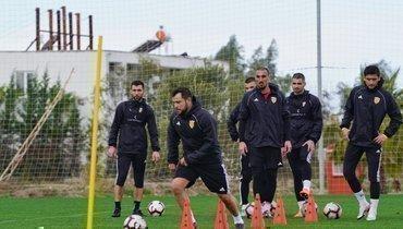Касаев тренируется вместе с «Аланией»