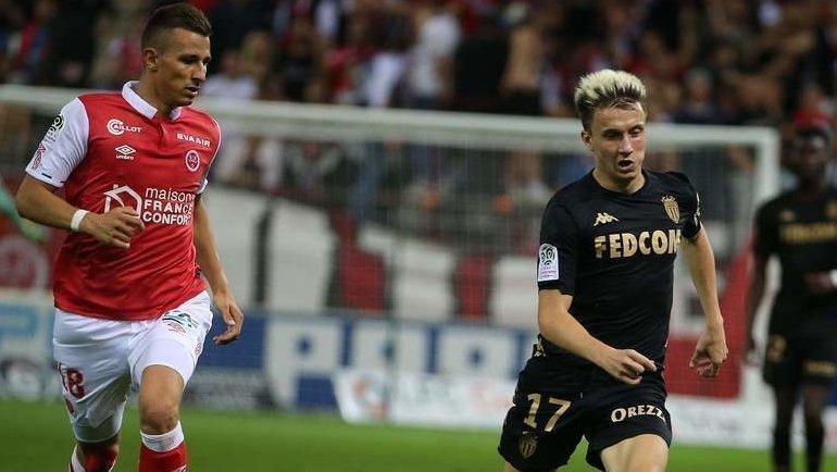 Александр Головин (справа) вовремя матча чемпионата Франции против «Реймса». Фото AFP
