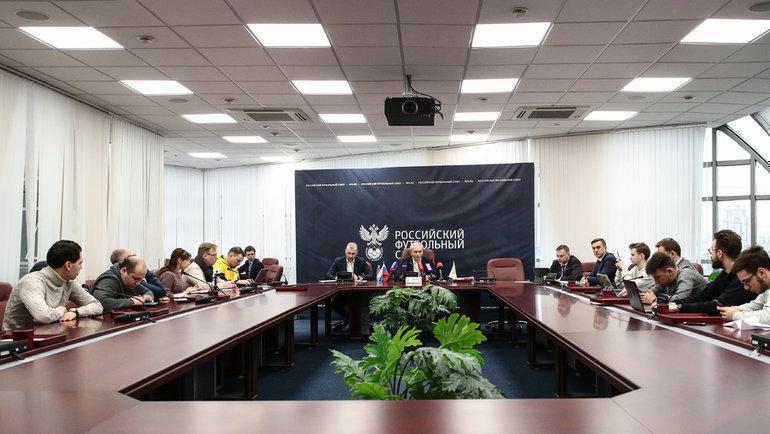 13февраля. Москва. Пресс-конференция после исполкома РФС. Фото Дарья Исаева, «СЭ» / Canon EOS-1D X Mark II