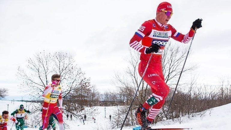 Александр Большунов (справа) иЙоханнес Клебо. Фото AFP