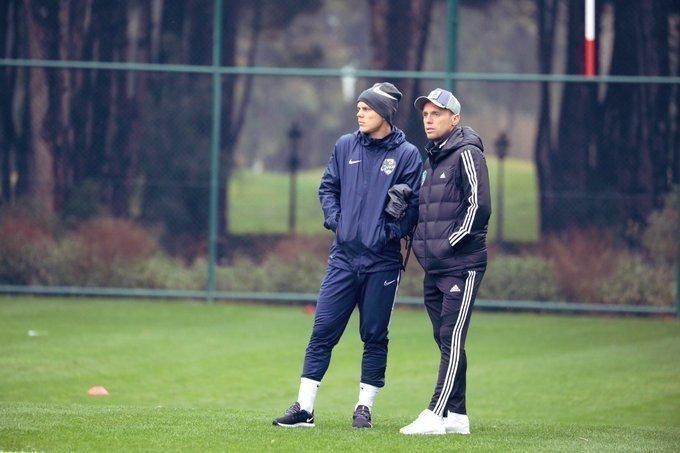 Александр Кокорин (слева) иДенис Глушаков. Фото Twitter