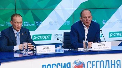 Владимир Драчев (слева) иАлексей Нуждов. Фото «РИА Новости»