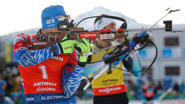 Россиянин Александр Логинов взял бронзу вгонке преследования начемпионате мира побиатлону