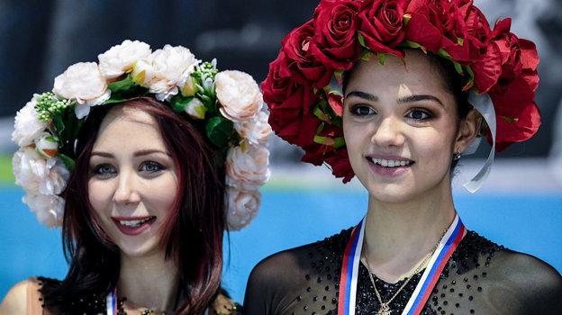 """Елизавета Туктамышева (слева) иЕвгения Медведева. Фото Дарья Исаева, """"СЭ"""""""