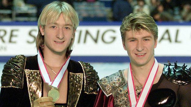 Евгений Плющенко (слева) иАлексей Ягудин смедалями Олимпиады вСолт-Лейк-Сити. Фото Reuters