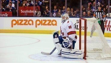 НХЛ, Торонто— Каролина— 3:6, обзор матча, как сыграл экстренный голкипер Каролины Дэвид Айрс