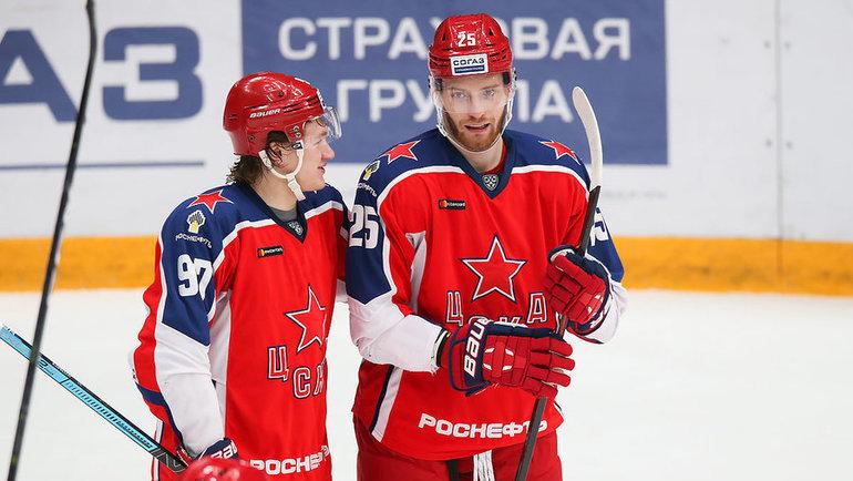 Кирилл Капризов (слева) иМихаил Григоренко могут покинуть ЦСКА после окончания сезона. Фото ХКЦСКА