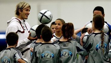 ВБритании детям могут запретить играть головой вовремя футбольных матчей.