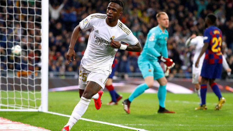 1марта. Мадрид. «Реал»— «Барселона»— 2:0. 71-я минута. Винисиус Жуниор празднует победный гол. Фото Reuters