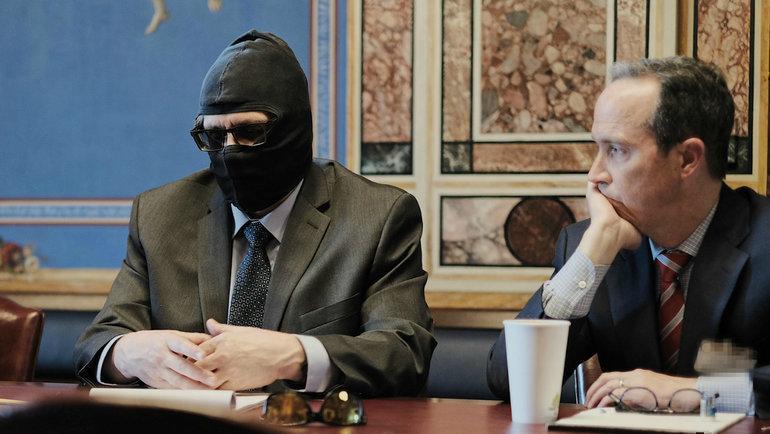 Григорий Родченков (слева). Фото Комиссия побезопасности исотрудничеству вЕвропе