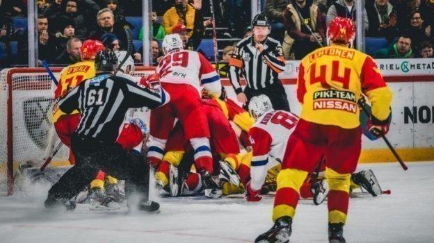 Обзор трех матчей плей-офф КХЛ, Барыс— Металлург— 0:3, СКА— Витязь— 4:3, Йокерит— Локомотив— 5:1