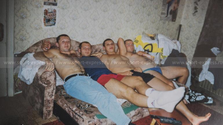 Слева направо: Игорь Сысуев, Федор Емельяненко, Роман Костенников, Владимир Былдин. Фото изличного архива Андрея Былдина