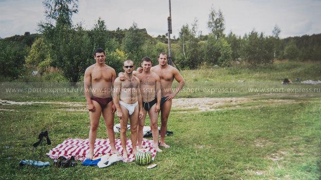 Слева направо: Роман Костенников, Андрей Былдин, Игорь Сысуев, Федор Емельяненко.