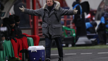 Агент Смолова заявил, что в «Локомотиве» есть явные противоречия клуба иСемина