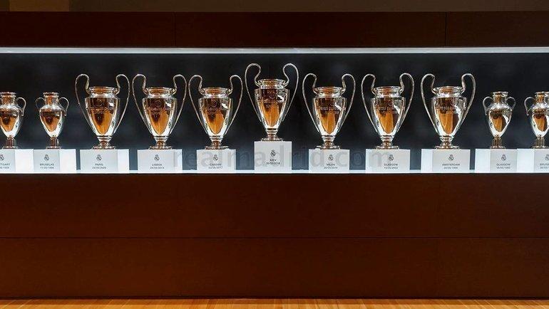 Трофеи Лиги чемпионов вклубном музее «Реала». Фото ФК «Реал»