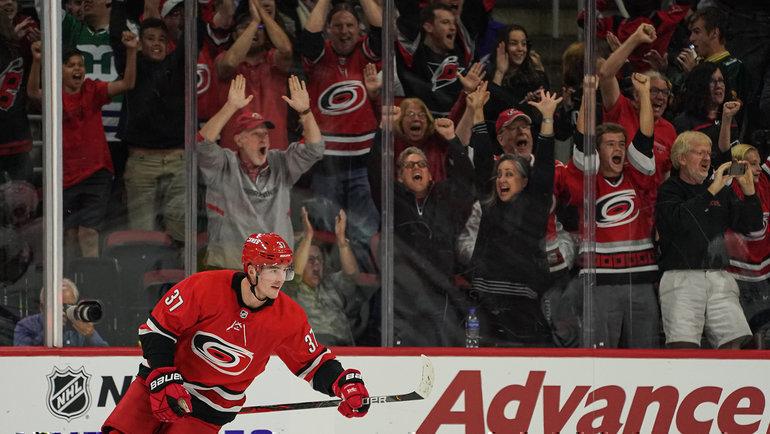 Андрей Свечников. Фото НХЛ