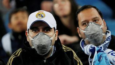 ВЕвропе из-за коронавируса проводят матчи без зрителей или переносятих.