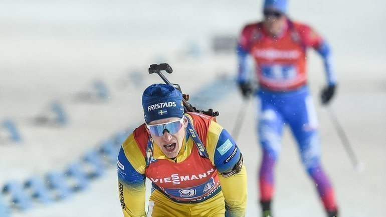 7марта. Нове-Место. Швед Мартин Понсилуома опережает россиянина Карима Халили (надальнем плане) нафинише. Фото AFP