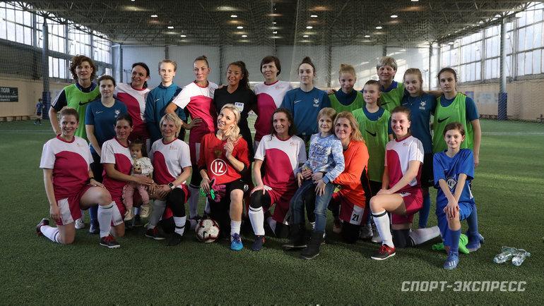 Женская сборная «Спорт-Экспресс» икоманда многодетных мам United Mums. Фото Александр Федоров, «СЭ» / Canon EOS-1D X Mark II