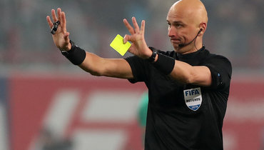 Карасев назначен главным арбитром матча «Севилья»— «Рома». Его бригаде грозит карантин