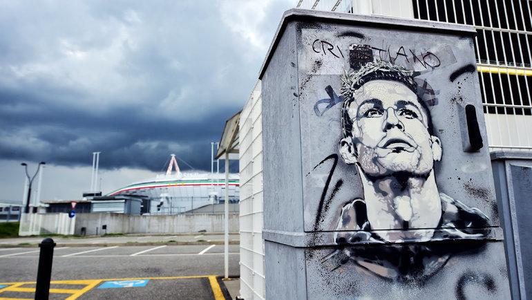 Криштиану Роналду любят фанаты «МЮ», «Реала» и «Ювентуса», новПортугалии он— герой №1. Фото Reuters