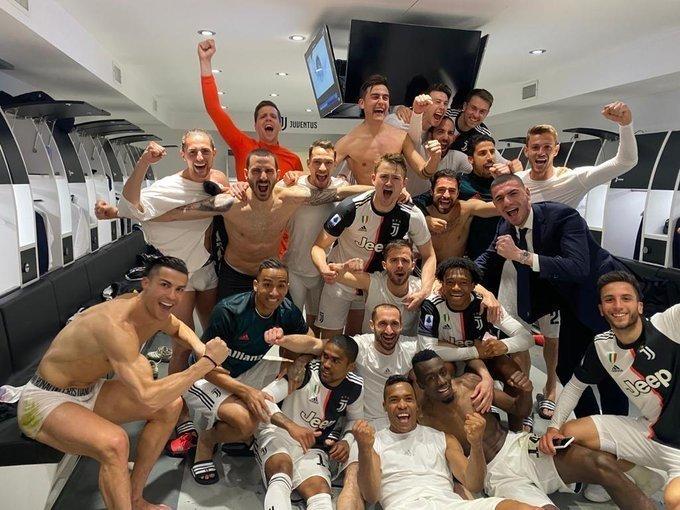 8марта Даниэле Ругани вместе с «Ювентусом» праздновал вТурине победу над «Интером». Увы, теперь обе команды вне игры ивсерии А, ивЕвропе.