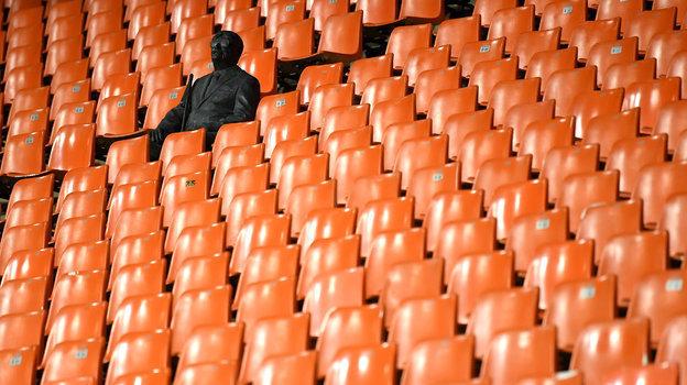 Стадионы мира: без зрителей. Исоревнований. Фото Reuters