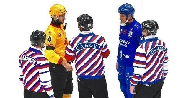 Финал между «СКА-Нефтяником» и «Динамо» отложен нанеопределенный срок. Фото vk.com/bandy_dynamo