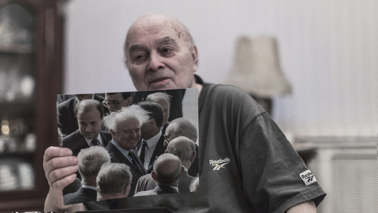"""Дмитрий Донской иодна изего репортерских удач. Фото Юрий Голышак, """"СЭ"""""""