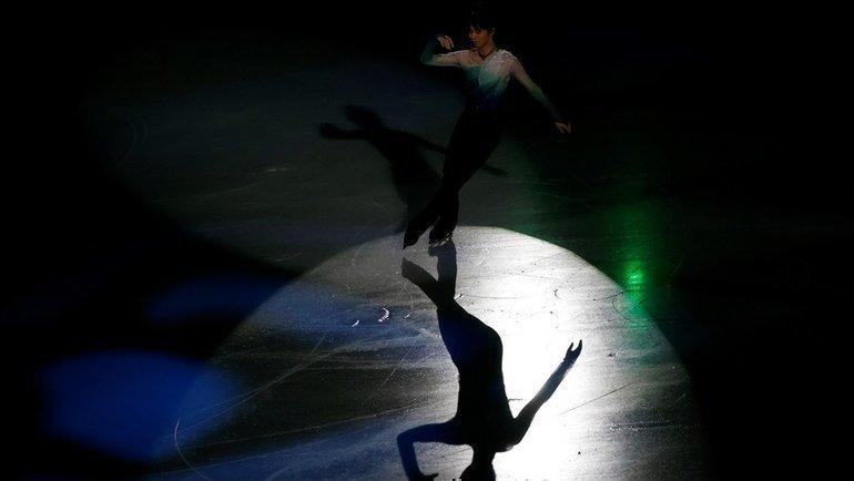 9февраля. Сеул. Показательное выступление двукратного олимпийского чемпиона Юдзуру Ханю после чемпионата четырех континентов. Когда топ-фигуристы вернутся налед? Фото Reuters
