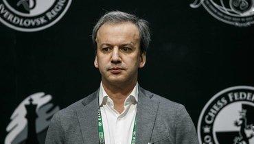 ФИДЕ непланирует переносить матч зашахматную корону