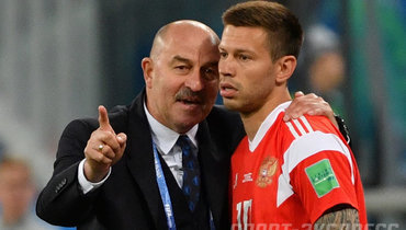 «Реалу» некаждый год наши игроки забивают». Черчесов посоветовал Смолову остаться вИспании