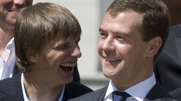 Андрей Аршавин иДмитрий Медведев. Фото AFP