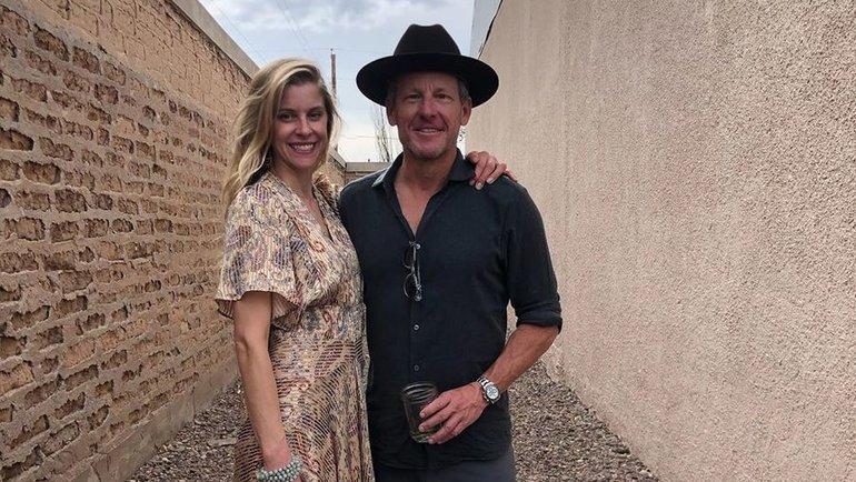 Лэнс Армстронг ссупругой Анной. Фото Instagram
