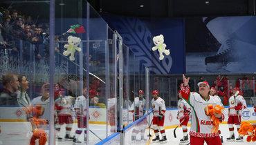 Команда Лукашенко выиграла первый матч финальной серии любительского турнира вМинске