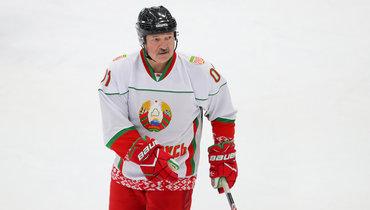 Лукашенко озрителях наего матчах: «Все живы издоровы, слава богу»