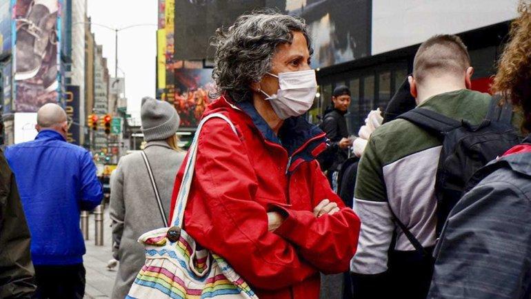 ВСША более 300 тысяч заразившихся коронавирусом. Это рекордный показатель