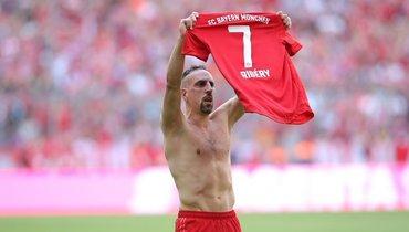 «Бавария» и «Фиорентина» поздравили Рибери сднем рождения. Великому Лицу сошрамом— 37