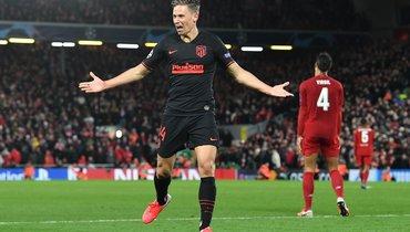 Маркос Льоренте празднует гол вворота «Ливерпуля». Фото AFP