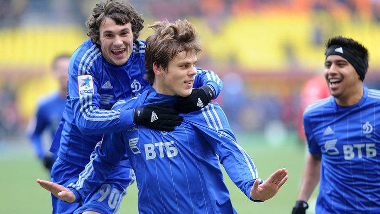 Иван Соловьев (слева), Александр Кокорин иКристиан Нобоа. Фото Алексей Иванов