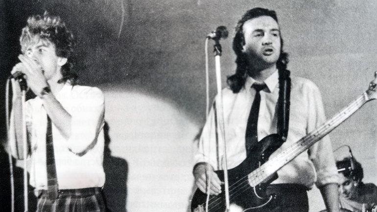 Юрий Давыдов (справа) иВалерий Сюткин. Фото изархива Юрия Давыдова