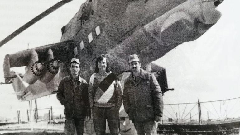 Юрий Давыдов (вцентре) вАфганистане. Фото изархива Юрия Давыдова