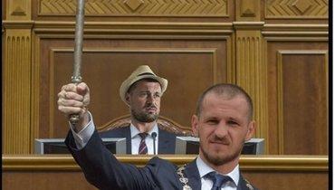 Экс-игрок «Локомотива» Алиев представил себя президентом Украины, Милевского— спикером