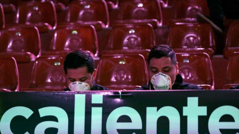 УЕФА порекомендовал лигам досрочно завершить сезон. Фото AFP