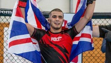 Дагестанец изМанчестера. Хочет стать самым молодым чемпионом UFC идружит сЗинченко
