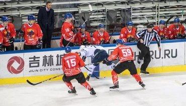 Китайские клубы непримут участия вследующем сезоне ВХЛ.