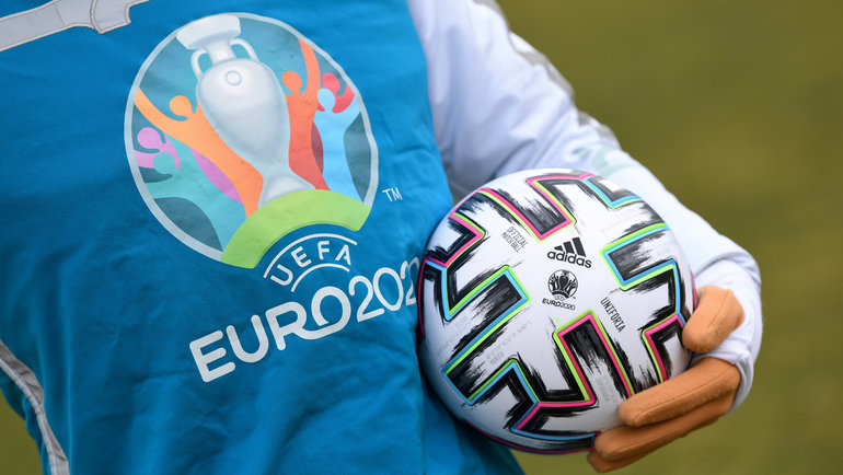 Датский футбольный союз может отказаться отпроведения матчей Евро-2020 вКопенгагене из-за намеченных наиюль 2021 года нескольких этапов велогонки «Тур деФранс». Фото Reuters